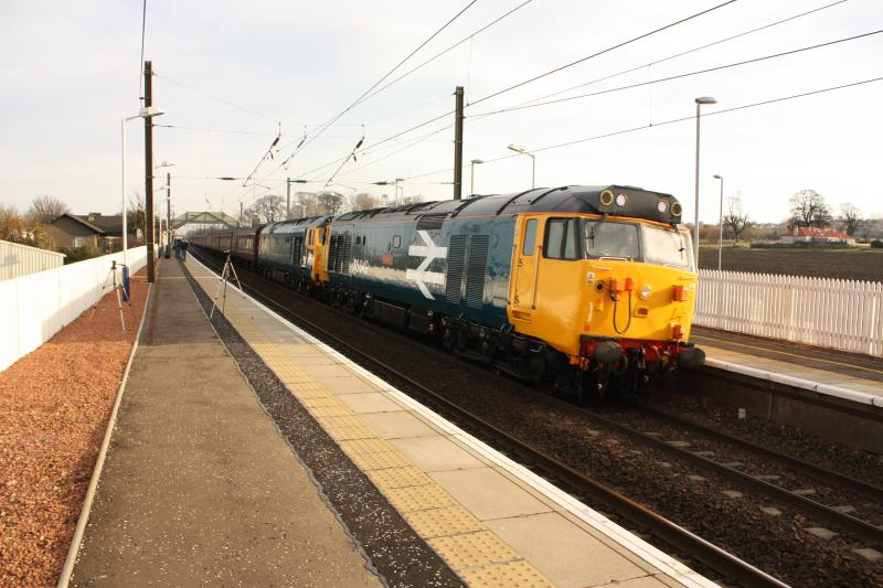 Photo of 50049 50044 pass through prestonpans on their way north to edinburgh.