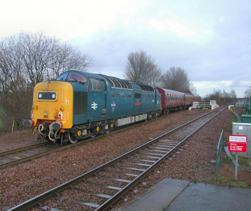 Photo of 55022 at the rear of 5Z18 Carnforth - Bo'ness.