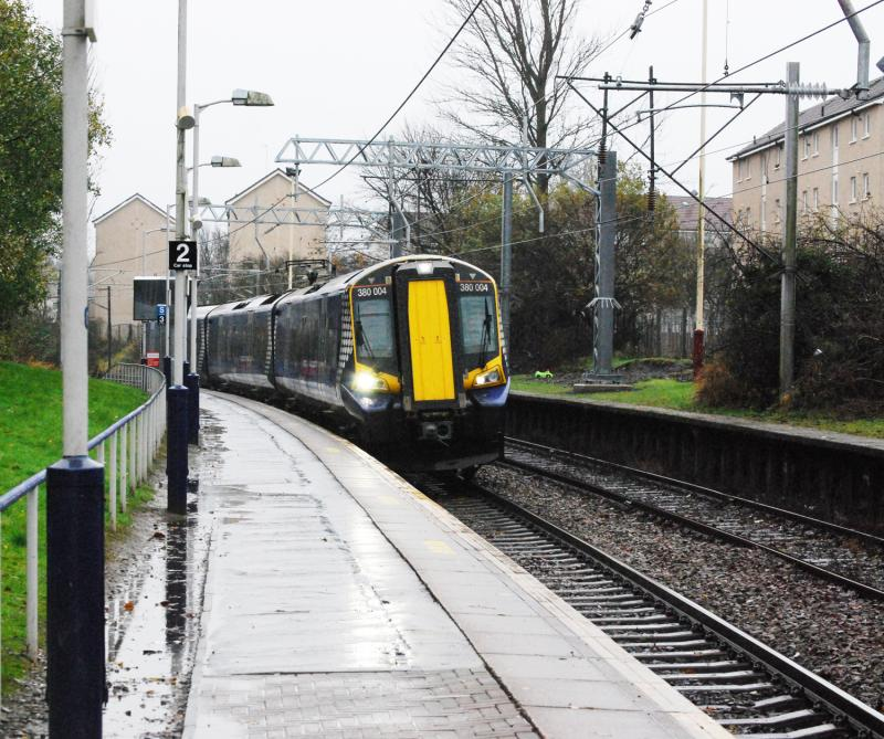 Photo of 380004 @ Corkerhill Station