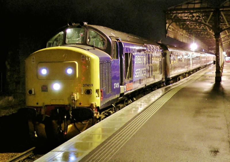 Photo of 37419 1M16 Inverness to London Euston (21/12/12)