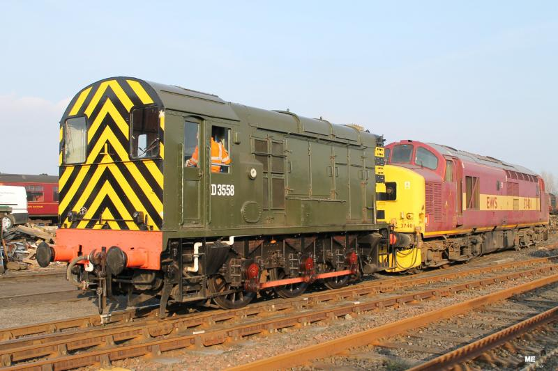 Photo of 37401 arrives at Bo'ness