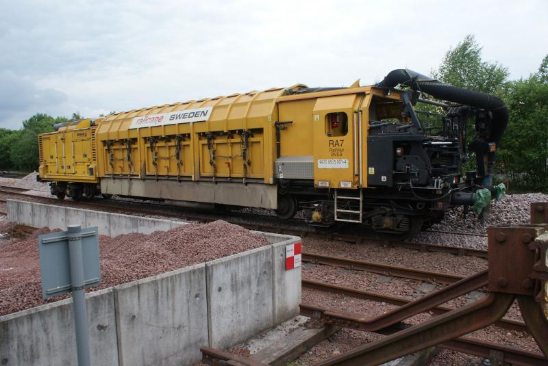 Photo of Railvac sitting in Stirling Engineer's Sidings 16.06.13