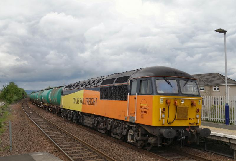 Photo of 56302 passes Camelon with 6N47 Prestwick - Camelon.