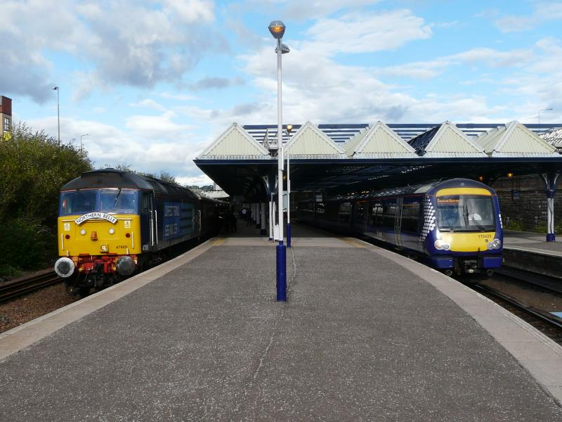 Photo of Blue and Yellow departures from Dundee