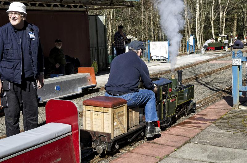 Photo of WESTER PICKSTON RAILWAY EASTER SUNDAY 2015 (2).jpg