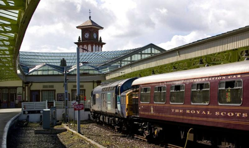 Photo of Royal Scotsman at Wemyss Bay 28 August 2006