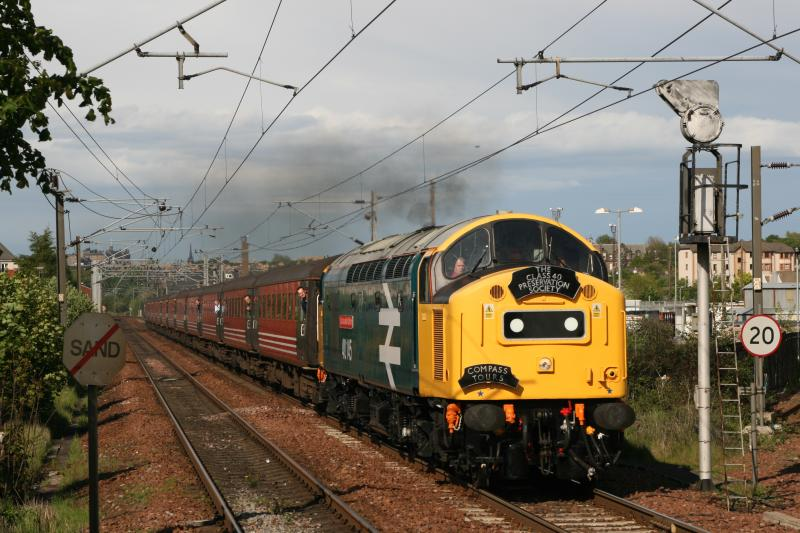 Photo of 40145 heading out of Edinburgh