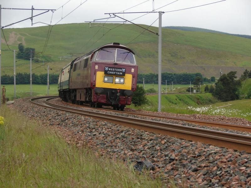 Photo of D1015 Climbing Towards Beattock (southbound on 21.06.09)