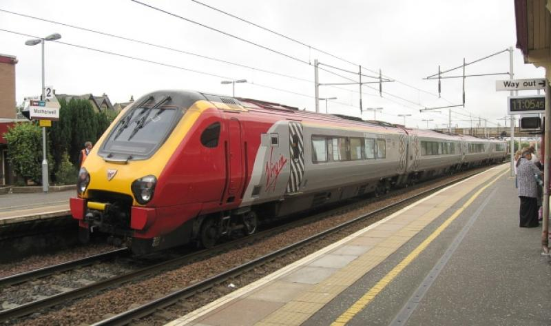 Photo of Virgin 220027 at Motherwell