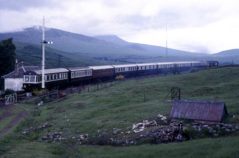 Photo of Royal Scotsman departing Bridge of Orchy 1985